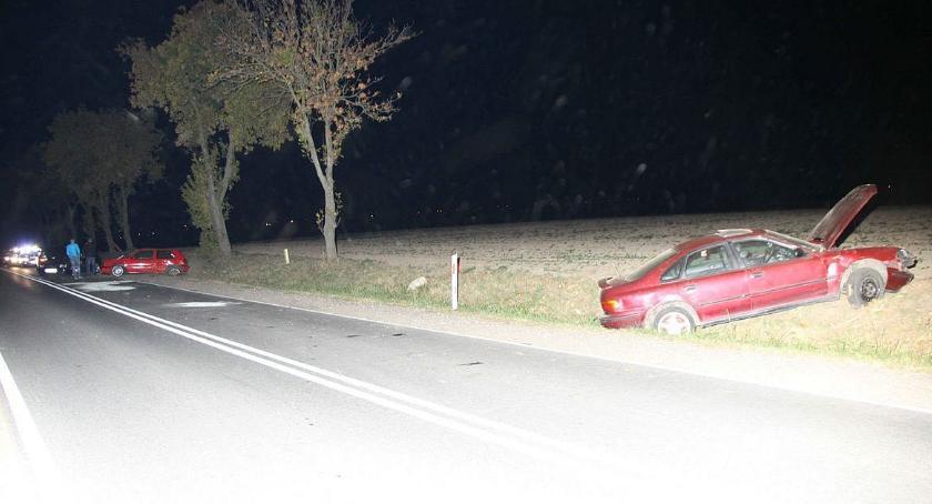 Wypadki drogowe, Pijany doprowadził zderzenia czterech samochodów drodze Ciechanów Płońsk - zdjęcie, fotografia