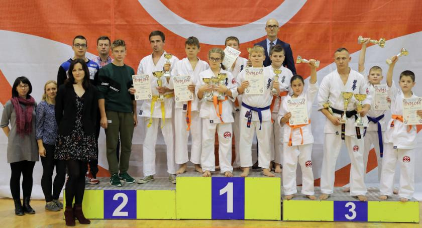 Karate, Ciechanowie odbył Turniej Karate Kyokushin - zdjęcie, fotografia