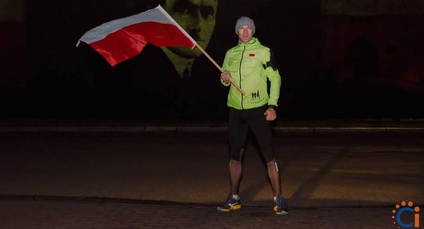 Bieganie, Ciechanowianin przebiegł lecie niepodległości [zdjęcia] - zdjęcie, fotografia