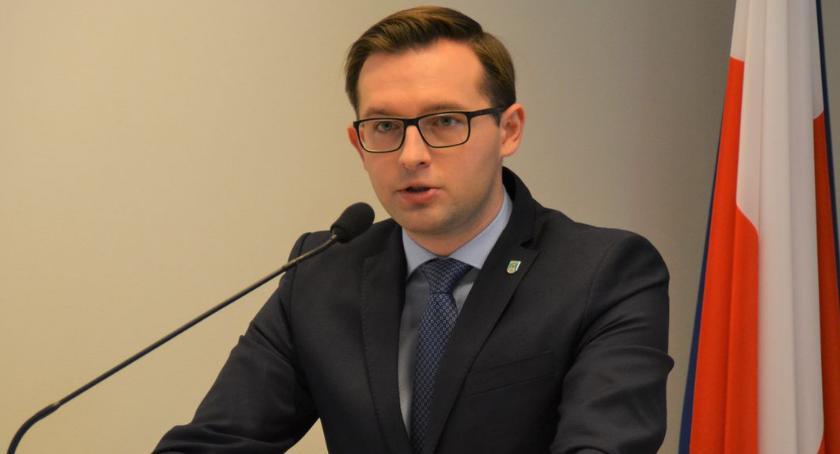 Samorząd, Prezydent Kosiński Wyższe prądu mogą oznaczać mniej inwestycji [posłuchaj] - zdjęcie, fotografia