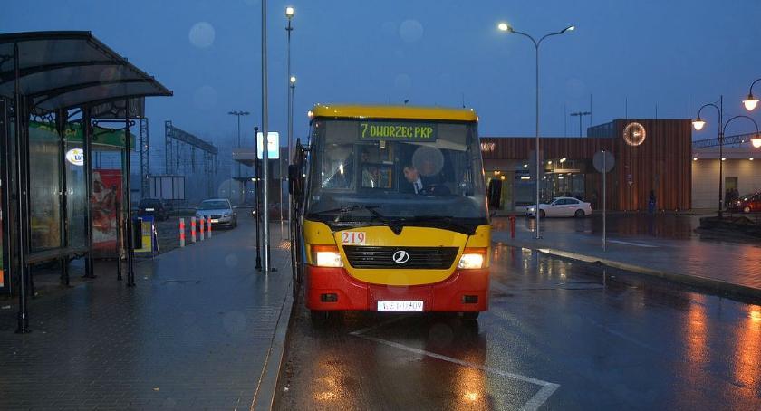 Komunikacja Publiczna, wprowadza korektę kursowaniu linii - zdjęcie, fotografia