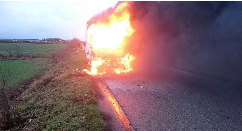 Pożary, Pożar Opinogórze Kabina Renault stanęła płomieniach [zdjęcia] - zdjęcie, fotografia