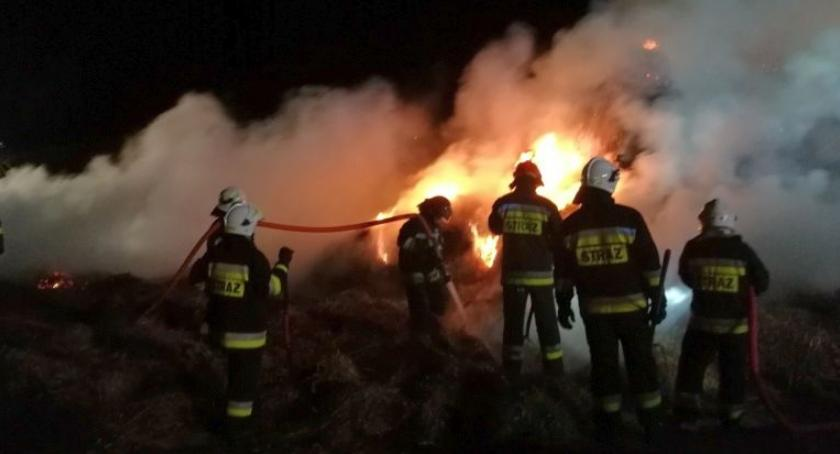 Pożary, Duży pożar gminie Ciechanów [zdjęcia] - zdjęcie, fotografia