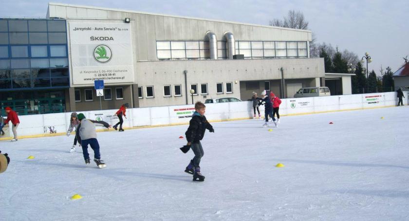 Inne Sporty, Ciechanowskie lodowisko czynne Sylwestra - zdjęcie, fotografia