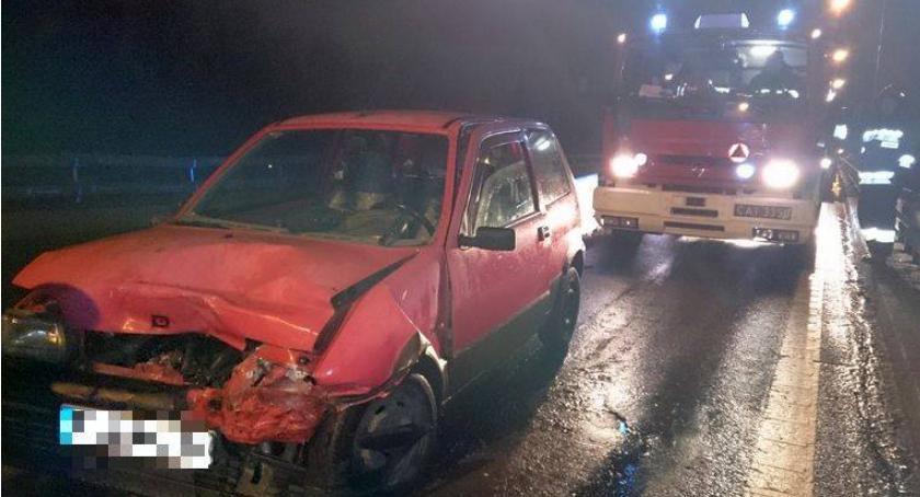 Wypadki drogowe, kolizji wiadukcie sprawca kierował kradzionym autem - zdjęcie, fotografia