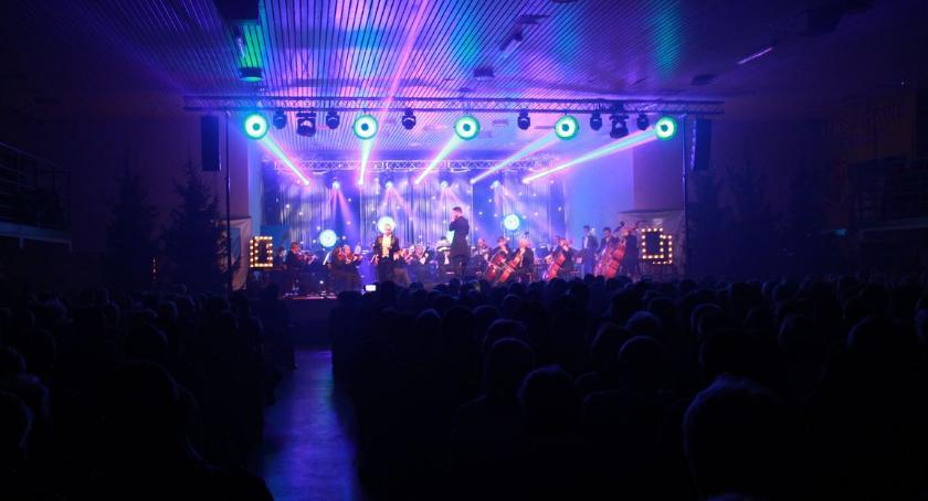 Koncerty, Koncert Noworoczony wypełniła brzegi! [fotorelacja] - zdjęcie, fotografia