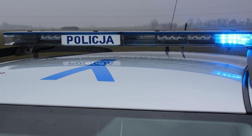 Pijani Kierowcy, Uderzył zaparkowane pijany - zdjęcie, fotografia
