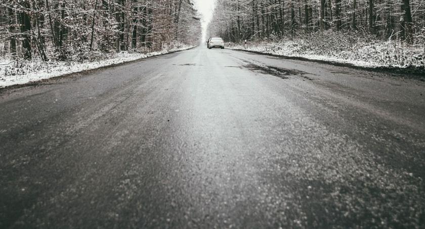 Komunikaty, Oblodzenie opady marznące ostrzeżenie powiatu ciechanowskiego - zdjęcie, fotografia