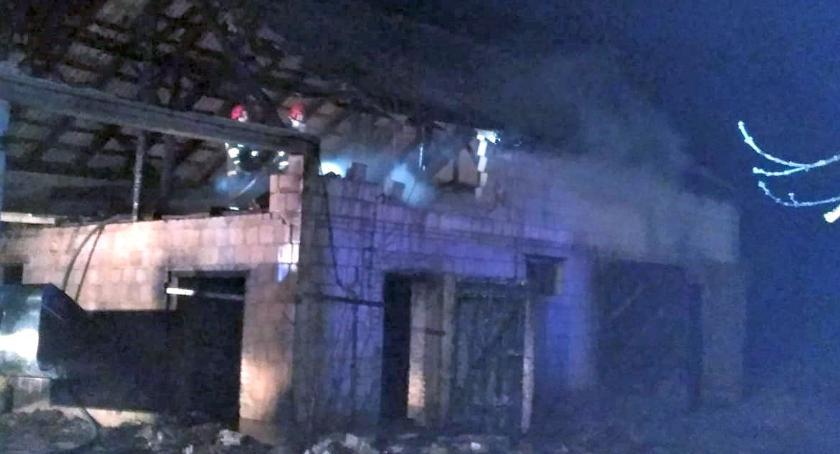 Pożary, Nocny pożar stodoły - zdjęcie, fotografia