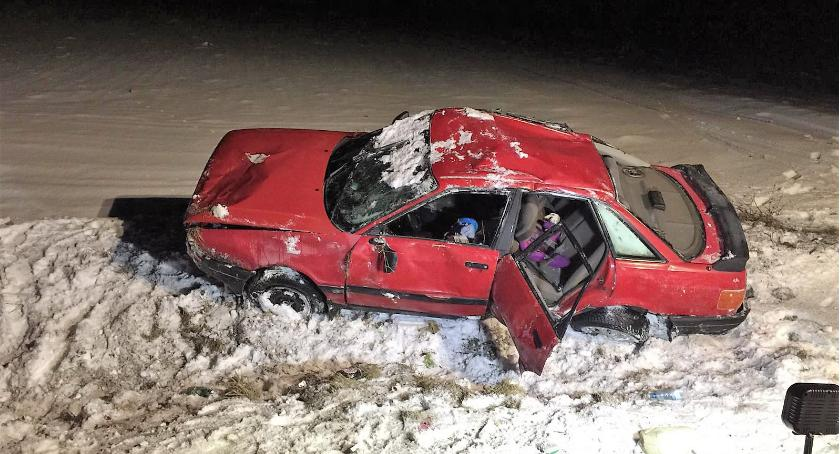 Wypadki drogowe, Dachowanie Kierowca pijany [zdjęcia] - zdjęcie, fotografia