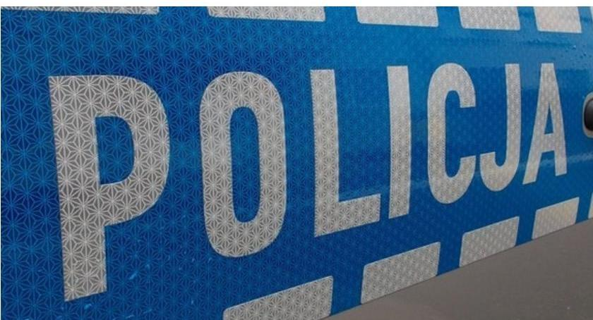 Pijani Kierowcy, Pijany zakazie kierował Oplem Grozi dożytowni zakaz prowadzenia pojazdów - zdjęcie, fotografia