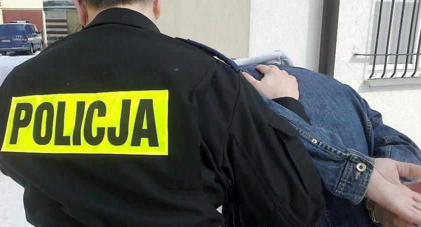 Sprawy kryminale , Okradał myjnie samochodowe Ciechanowie latek rękach policji - zdjęcie, fotografia
