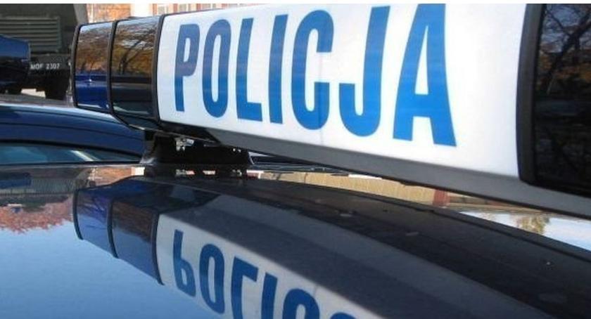 Policyjne interwencje, Uszkodzili pozostawione warsztacie samochodowym - zdjęcie, fotografia