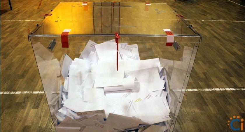 Wybory, Gminy Gołymin Ośrodek komplecie - zdjęcie, fotografia