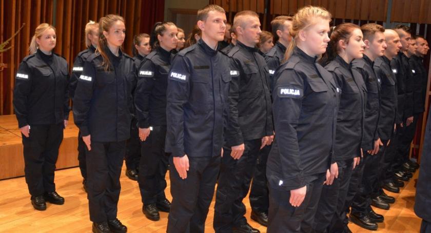Społeczeństwo, stróże prawa ciechanowskiej mazowieckiej policji [zdjęcia] - zdjęcie, fotografia