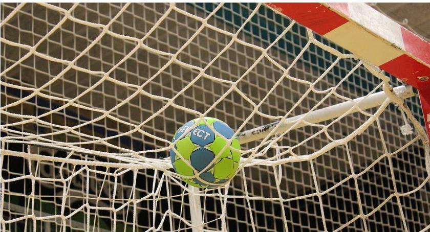 Piłka Ręczna, Jurand wciąż wygranej Sokołowi - zdjęcie, fotografia