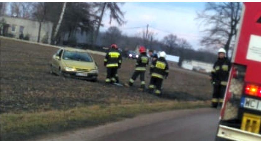 Wypadki drogowe, [AKTUALIZACJA] Wypadek gminie Gołymin Ośrodek - zdjęcie, fotografia