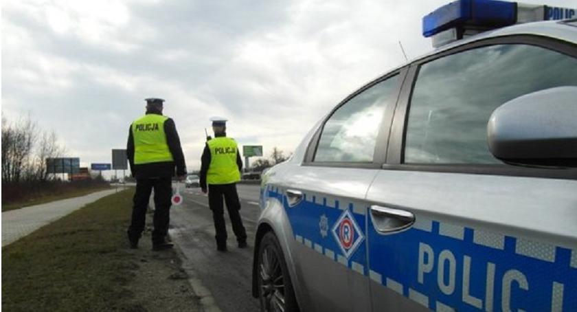 Piraci Drogowi, latek kierował zakazie Zatrzymała ciechanowska policja - zdjęcie, fotografia