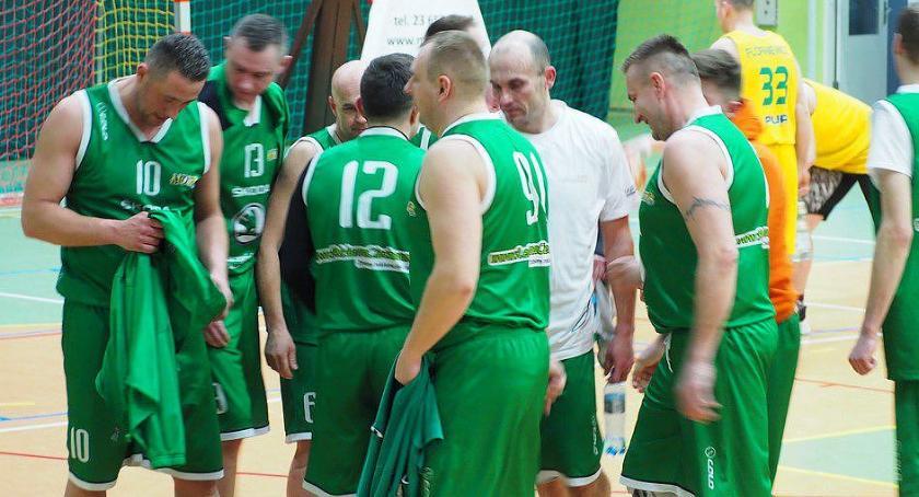 Koszykówka, MOSiR Ciechanów swoje Wygrał dziewiąty rzędu - zdjęcie, fotografia