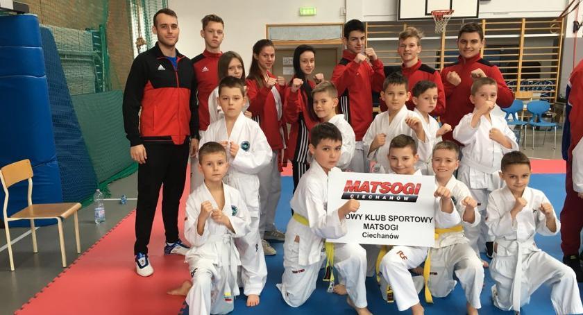 Taekwondo, Ciechanowianie medalistami Międzywojewódzkich Mistrzostw taekwondo [zdjęcia] - zdjęcie, fotografia