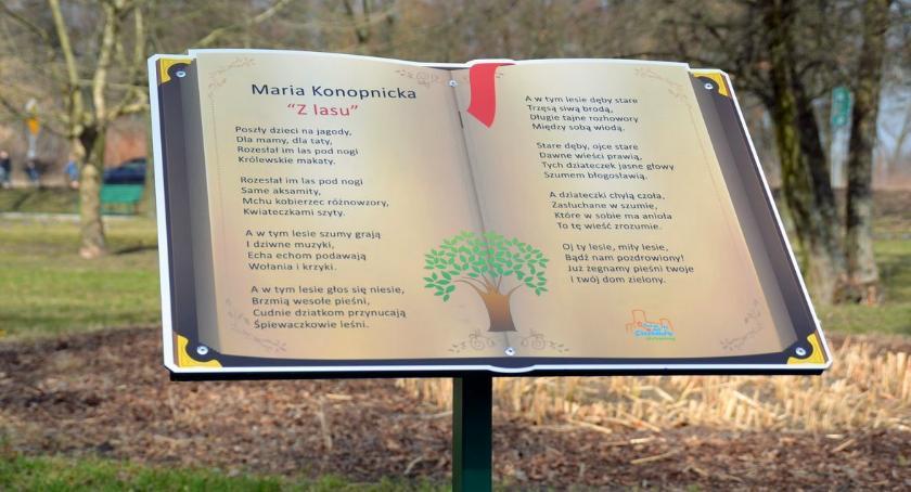 Społeczeństwo, parku Konopnickiej znajdziecie bajki - zdjęcie, fotografia