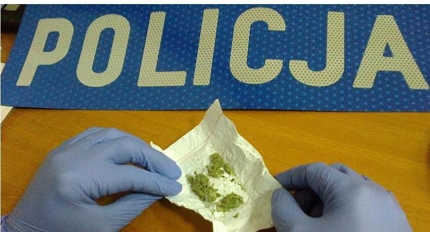Sprawy kryminale , Narkotykowe zatrzymanie Blokach - zdjęcie, fotografia