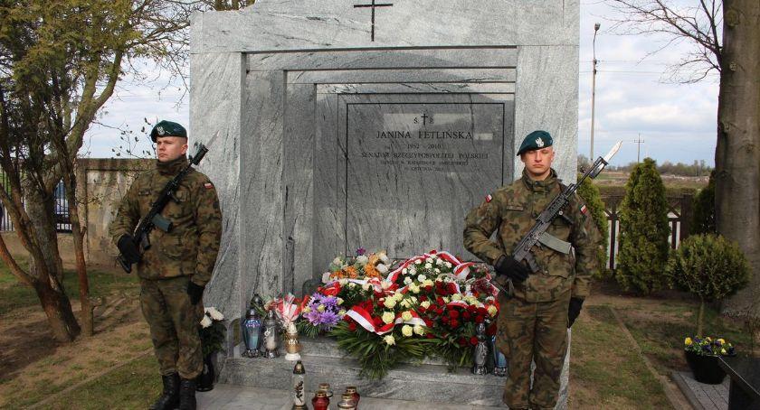 Rocznice, Obchody rocznicy katastrofy smoleńskiej Ciechanowie [zdjęcia] - zdjęcie, fotografia