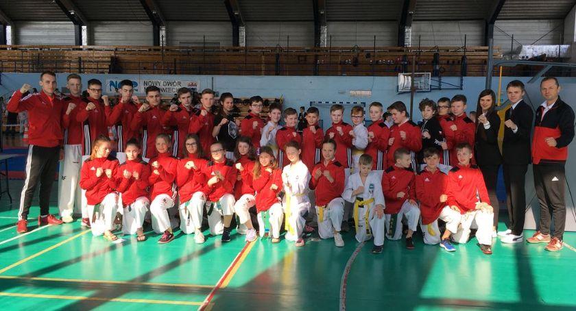 Taekwondo, Dziewięć medali ciechanowian Mistrzostwach Młodzików [zdjęcia] - zdjęcie, fotografia