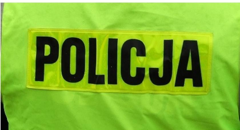 Policyjne interwencje, Makabryczne znalezisko Ktoś powiesił drzewie - zdjęcie, fotografia
