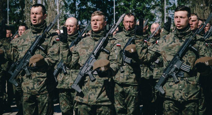 Wojsko, nowych Terytorialsów złożyło przysięgę Ciechanowie [zdjęcia] - zdjęcie, fotografia