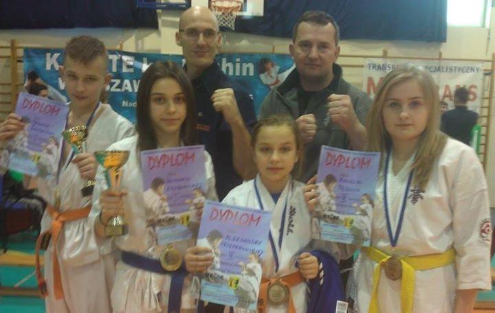 Karate, Cztery medale karateków Ciechanowa Mistrzostwach Mazowsza - zdjęcie, fotografia
