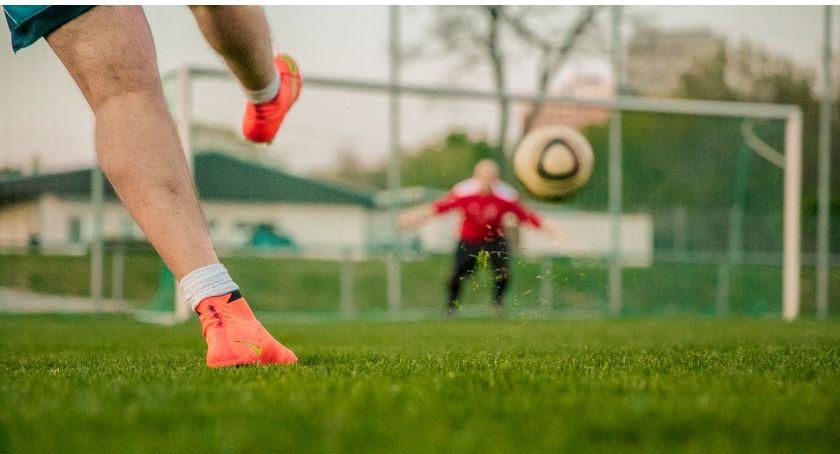 Piłka Nożna, Międzyosiedlowy turniej piłkarski Ciechanowie Ruszyły zapisy! - zdjęcie, fotografia