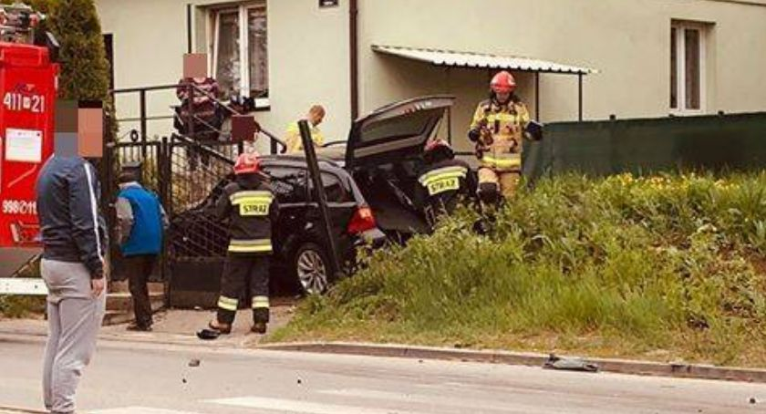 Wypadki drogowe, wypadku osiedlu Zachód Jedna osoba została ranna - zdjęcie, fotografia