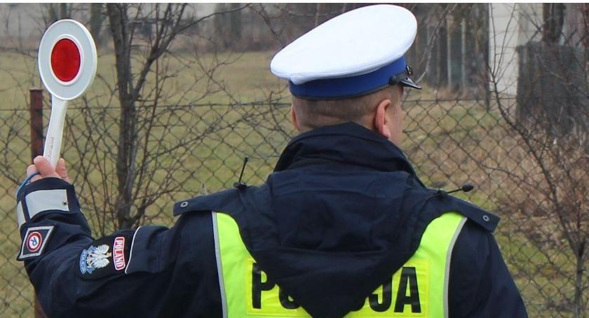 Działania Prewencyjne, Ciechanowska drogówka prowadzi dziś wzmożone kontrole - zdjęcie, fotografia