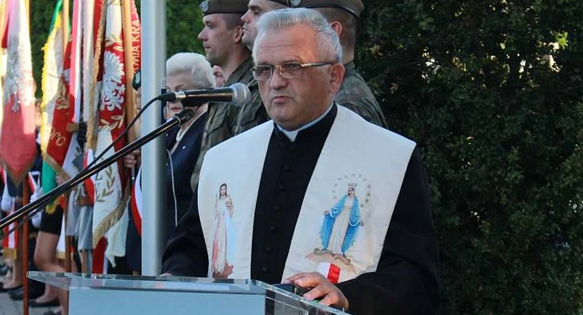 Kościół, Proboszcz odchodzi ponad latach Zmiany parafiach powiatu ciechanowskiego - zdjęcie, fotografia