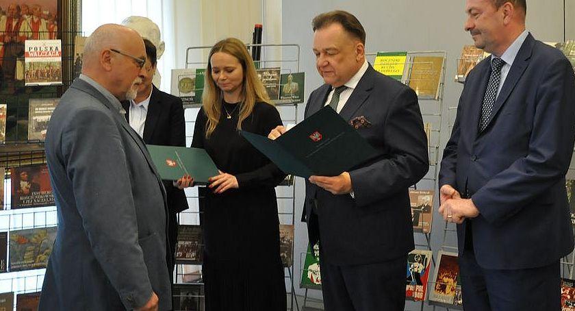 Personalia, Opinogórskie muzeum samym dyrektorem - zdjęcie, fotografia