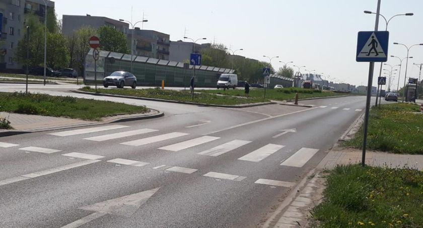 Działania Prewencyjne, Wyprzedzali przed przejściem pieszych - zdjęcie, fotografia