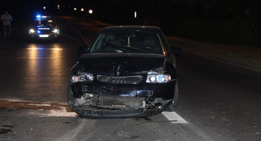 Wypadki drogowe, latek zawracał ustąpił pierwszeństwa zderzył - zdjęcie, fotografia