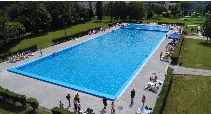 Pływanie, Prymusi Ciechanowa wejdą basen darmo - zdjęcie, fotografia