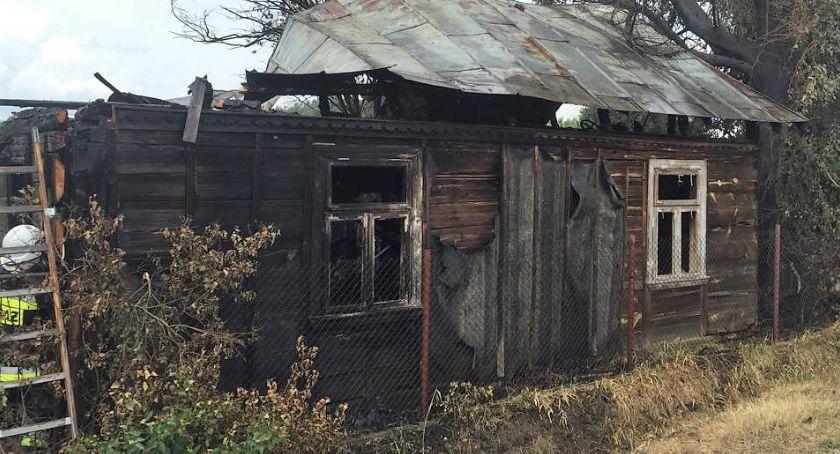 Pożary, Spłonął drewniany [zdjęcia] - zdjęcie, fotografia