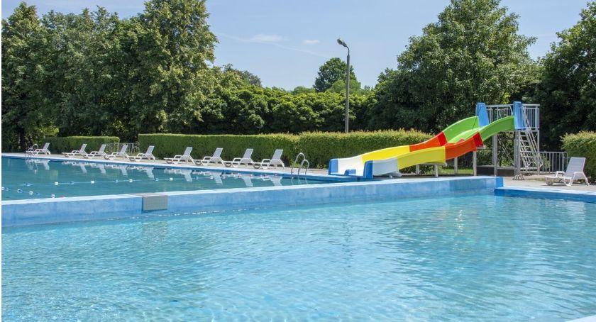 Pływanie, Ratusz potwierdza środę otwarcie sezonu kąpielowego basenie Krubinie - zdjęcie, fotografia