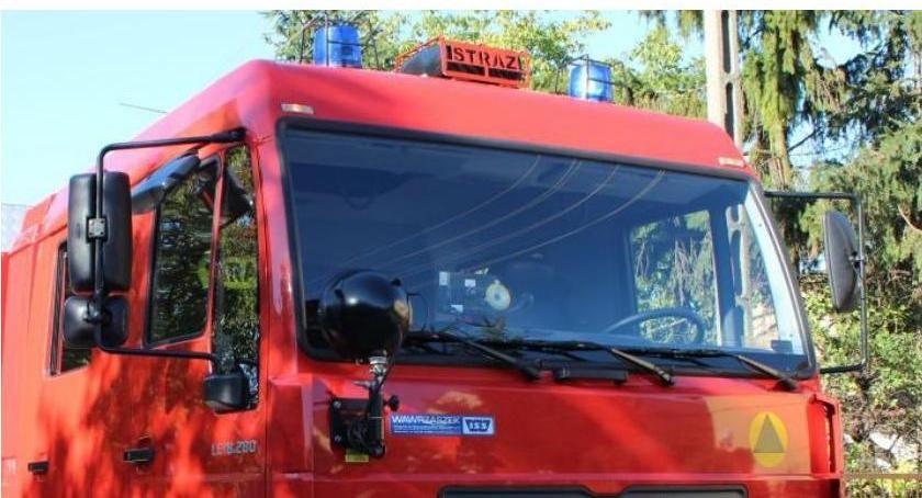 Pożary, Autobus zapalił bankietowej - zdjęcie, fotografia