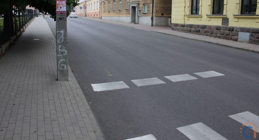 Interwencje, Wasze Pieszy widzi samochodów kierowca pieszego [zdjęcia] - zdjęcie, fotografia