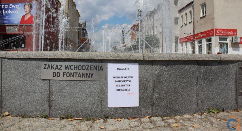 Społeczeństwo, Dodatkowe ostrzeżenia ciechanowskich fontannach - zdjęcie, fotografia