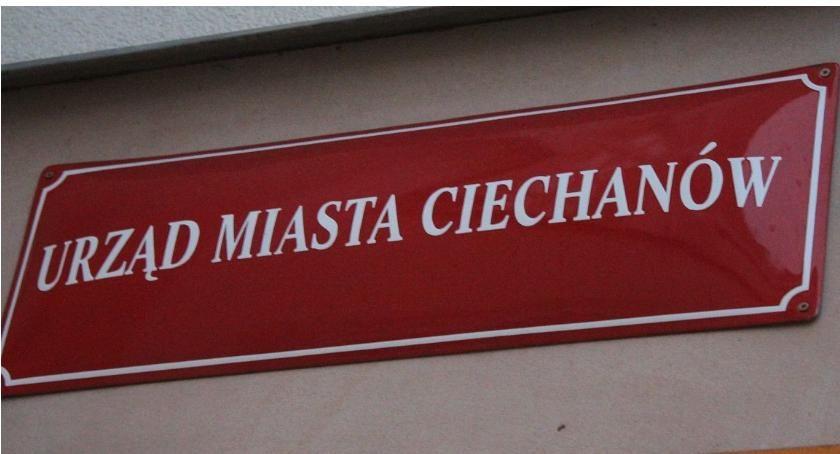 Rynek Pracy, Wolne stanowiska urzędnicze ciechanowskim ratuszu - zdjęcie, fotografia