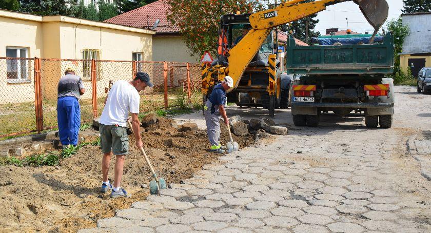Inwestycje, remont drogi apelowali Prace właśnie wystartowały - zdjęcie, fotografia