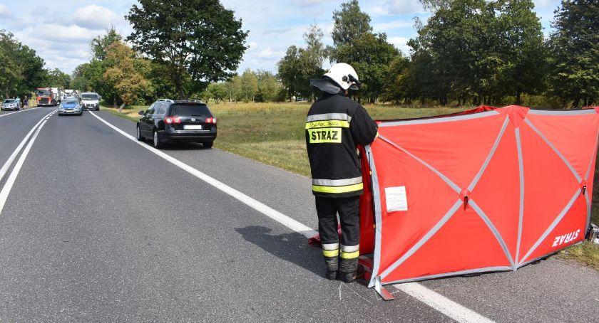 Wypadki drogowe, Tragiczny finał wypadku krajówce [zdjęcia] - zdjęcie, fotografia