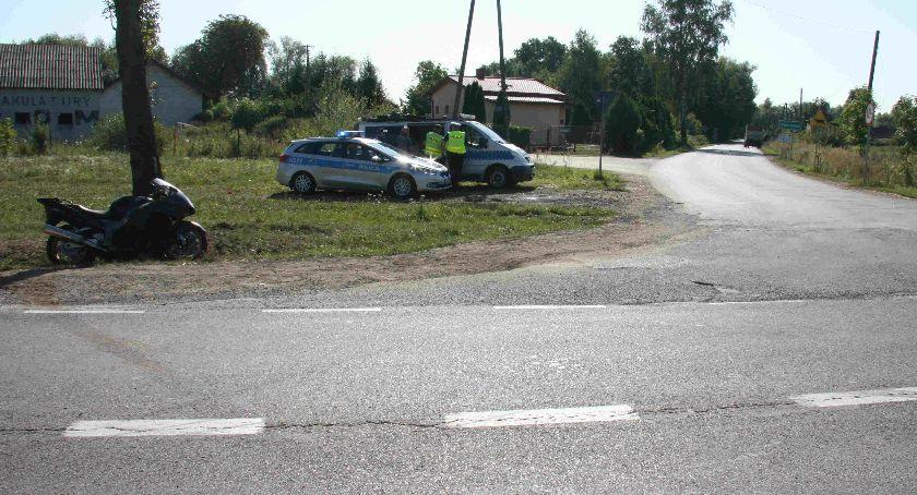 Wypadki drogowe, Dostawczak uderzył motocyklistę - zdjęcie, fotografia