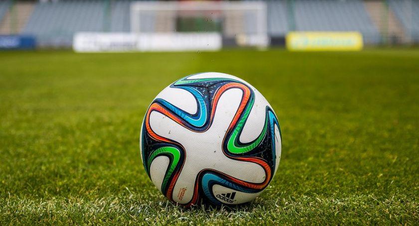 Piłka Nożna, Pogrom Płońsku Ciechanów burtą Pucharu Polski - zdjęcie, fotografia