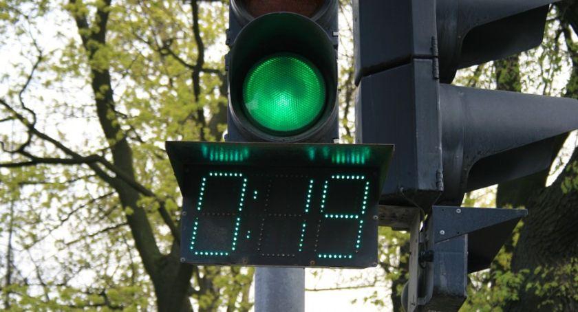 Samorząd, Czasomierze sygnalizacji świetlnej Ciechanowie Prezydent odpowiada radnemu - zdjęcie, fotografia